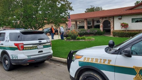Fresno County Sheriff's deputies replace 92-year-old veteran's flag stolen on Memorial Day
