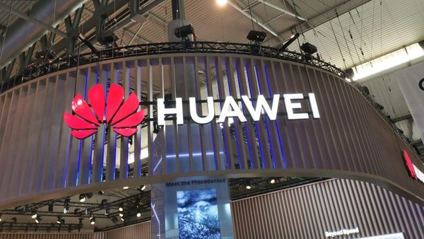Canalys: U.S. ban on Huawei lowers global smartphone forecast almost 5%