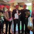 Barry Buntsma en Joan Meijer tekenen contract