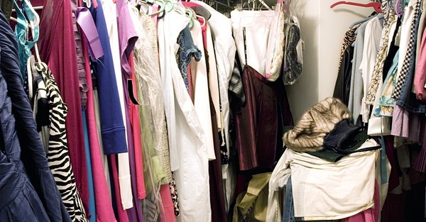 Why Teens Are Selling Clothes Out of Their Closets
