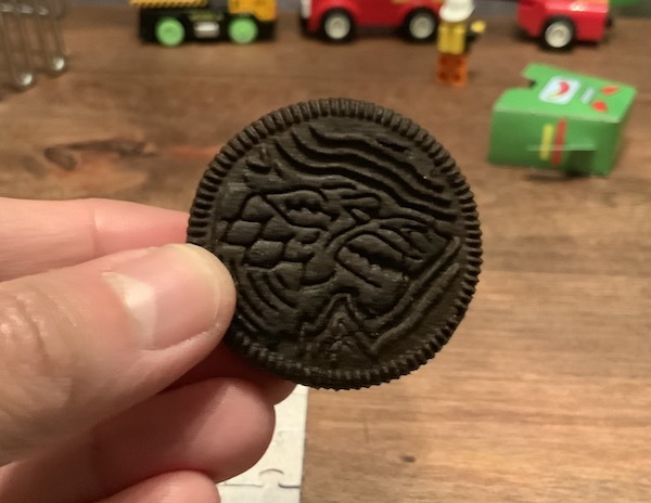 I ate these Game of Thrones Oreo while watching the series finale in Toronto - not a  10.0 landing but what did you expect after The Avengers nailed theirs so perfectly.