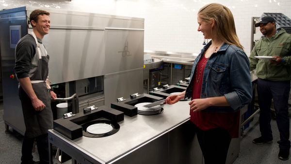 Dishcraft Comes Out of Stealth, Shows Off its New Robot Dishwasher and Dishes as a Service