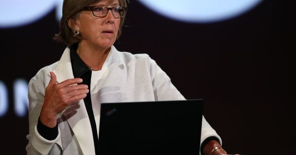 Mary Meeker's most important trends on the internet - Vox
