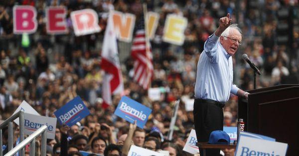 Bernie Sanders bygger en digital hær