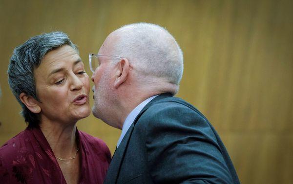 Frans Timmermans en Margrethe Vestager