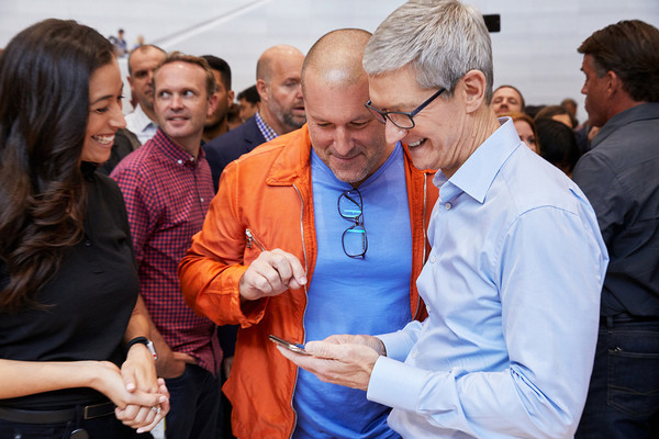 Apple design chief Jony Ive is leaving to form his own company