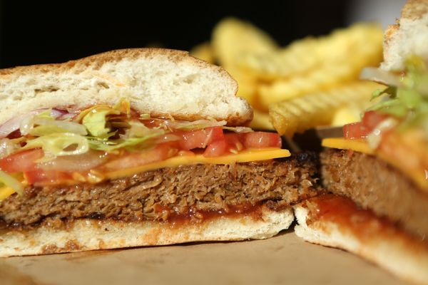 Are Beyond Meat's plant-based burgers healthier than red meat? Dietitians say no.
