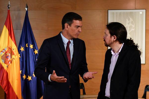Premier Sanchez en de leider van Podemos Pablo Iglesias