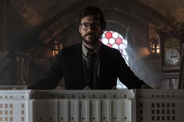 'La casa de papel' juega con cinco líneas temporales en su temporada 3