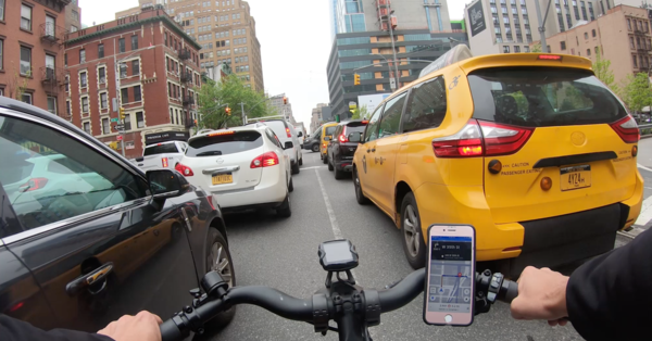 My Frantic Life as a Cab-Dodging, Tip-Chasing Food App Deliveryman
