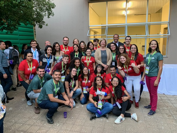 The NUCLEO'19 organizing committee with Susan Baxter (CSUPERB) after the opening session of the conference, July 25, 2019.. The committee is made up of hard-working, undergraduate biotechnology students from federal (public) universities across Brazil.