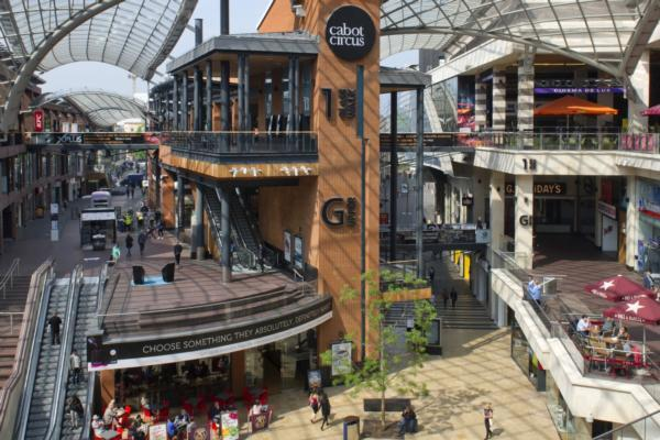 Hammerson points to shopping centre shift away from high street fashion and towards brands and food