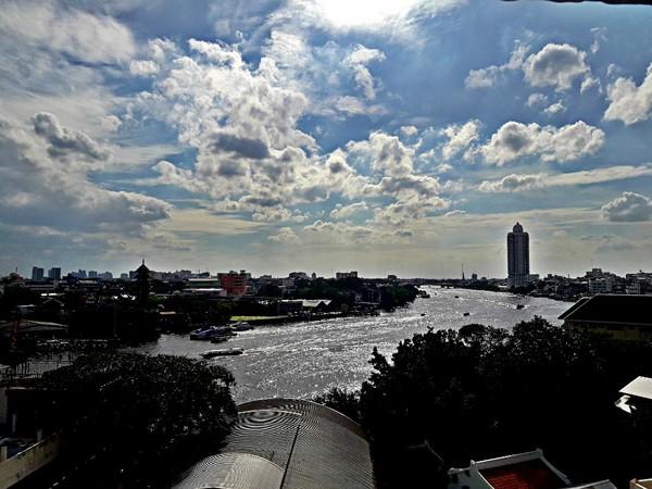 River Vibe. Het uitzicht gaat gelukkig alle kanten op.