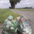 Volle afvalzakken door aanleg glasvezelkabel