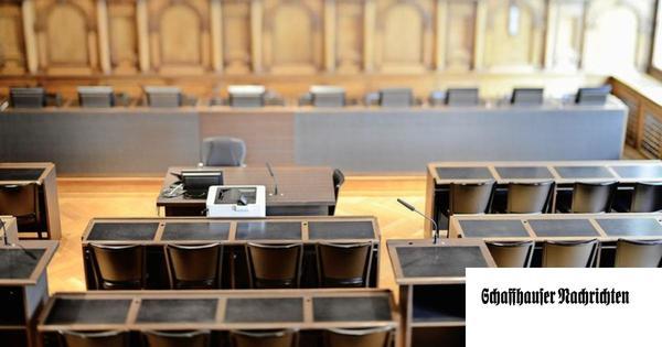 Warum im Rat so viele Stühle frei werden