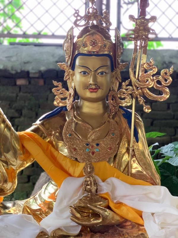 Guru Rinpoche Statues