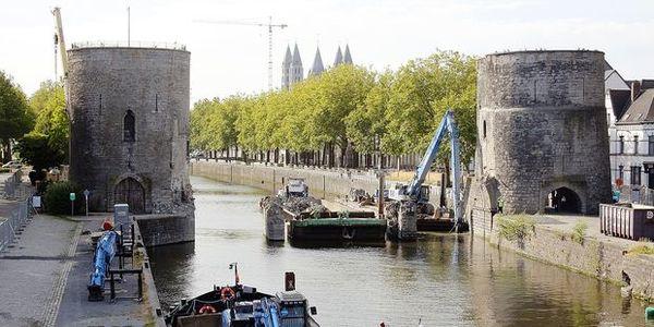 Tournai : Une page du pont des Trous a été tournée - Een bladzijde omgedraaid voor de Pont des Trous