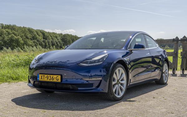 [REVIEW] Zes redenen om de Tesla Model 3 (niet) te kopen - WANT