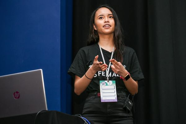 Pauline Narvas talks learning to code without a Computer Science degree