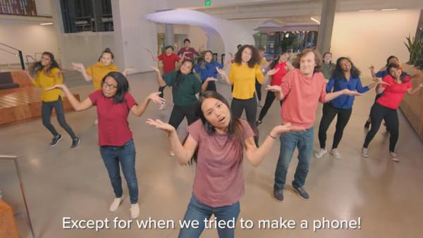 Microsoft hat jetzt ein eigenes Musical – und es ist toll