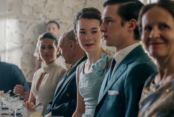 'El tiempo de la felicidad' y otras 11 series de época para ver en Filmin