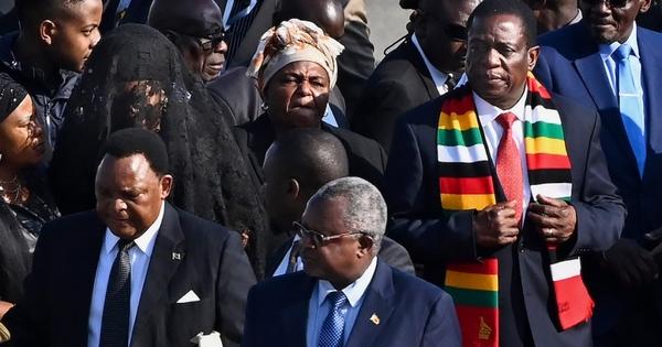 Mnangagwa calls on Zimbabweans to mourn Mugabe | eNCA