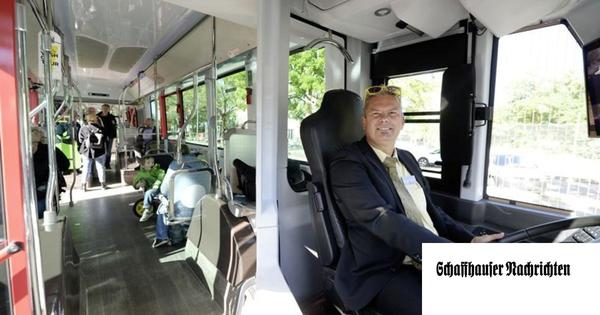 Wie den Passagieren der E-Bus gefällt
