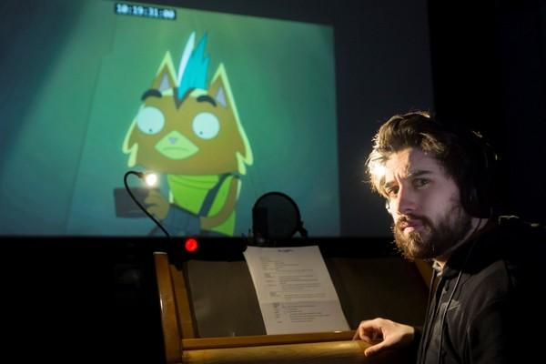 ENTREVISTA | A bordo de 'Final Space': Manuel Huedo cuenta cómo se dobla la serie