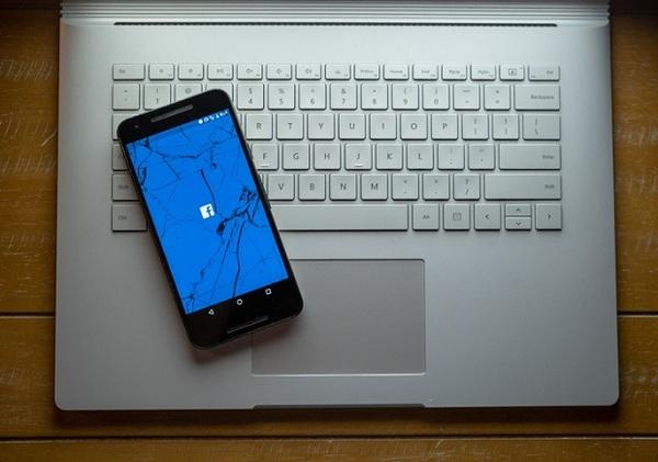 """""""Projet Voldemort"""": comment Facebook s'en est pris à Snapchat, étape par étape - ZDNet"""