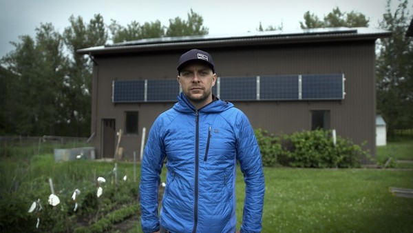 After oil and gas: Meet Alberta workers making the switch to solar