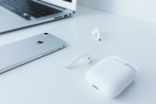 Nieuwe iOS 13-beta toont AirPods met noise-canceling - WANT