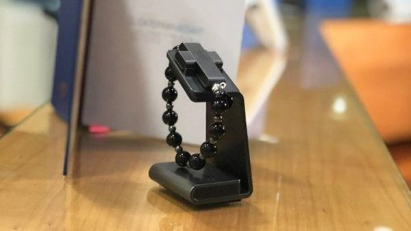 'Click to pray': Vatican launches $110 wearable smart rosary