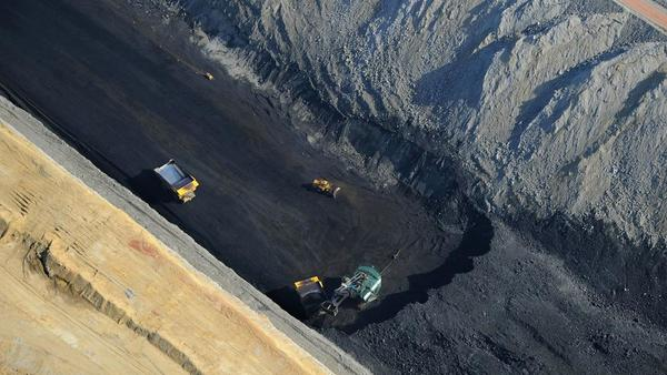 Coal mine closes, Montana denies new owner permit