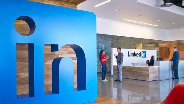 LinkedIn now has a newsroom of 65 journalists. It's hiring more