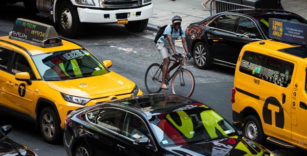 """La """"onda verde"""" per i ciclisti di New York"""