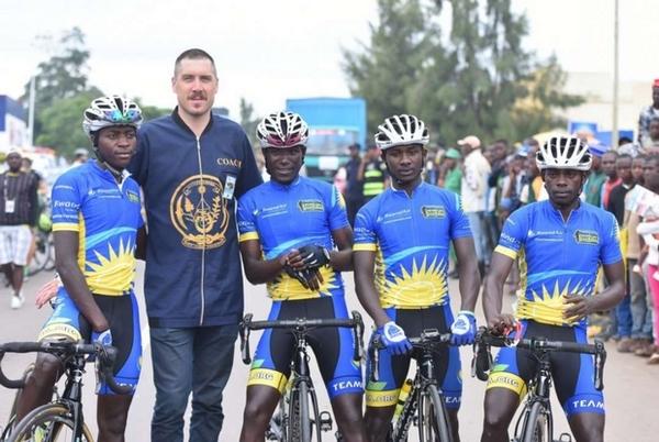 Il riscatto del Ruanda corre su una bicicletta