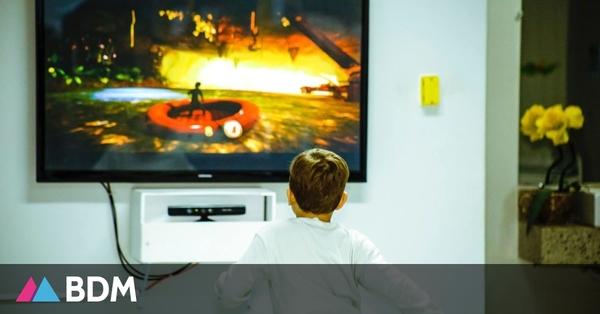 Les enfants pauvres passeraient deux heures de plus par jour devant un écran que les enfants riches