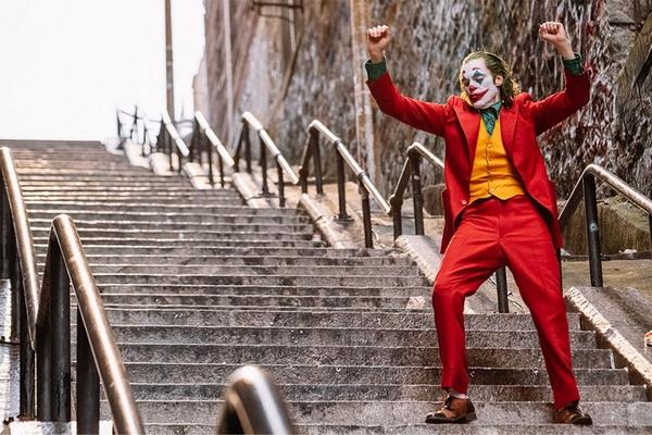 Trappen uit 'Joker' overspoeld door fans - De Standaard