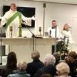 Grote opkomst bij kerkdienst in school na verwoestende brand