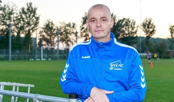 GVV'63-trainer Denny van Geffen: 'Wij pakken dit seizoen een prijs, honderd procent zeker'