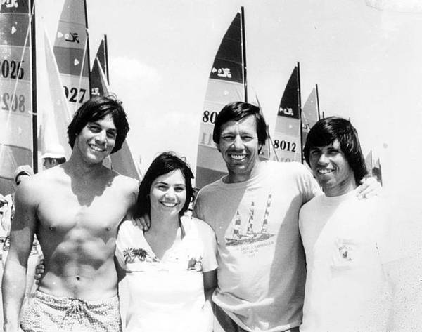Hobie Alter, inventor of modern surfboard and small sailboats, dies – Orange County Register