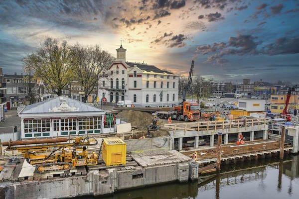 De sluizen van Zaandam: lassen, draaien boren (foto's) | De Orkaan