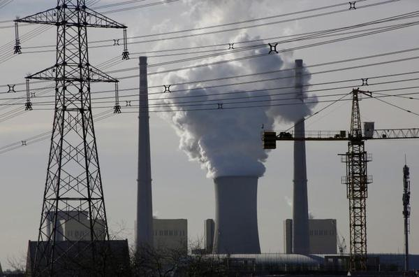 China coal-fired power capacity still rising, bucking global trend