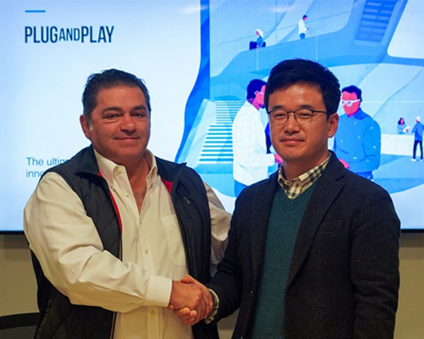 Hanwha Systems teams up with US startup accelerator Plug and Play