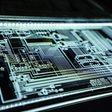 Apple klaagt voormalig hoofdontwerper chips aan - WANT