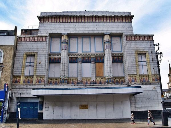 Behind the scenes of the crumbling remains of London's abandoned cinemas | MyLondon