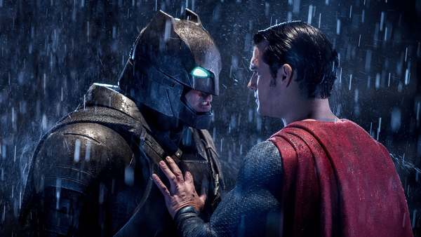 Batman zou doodgaan in Justice League trilogie van Zack Snyder - WANT