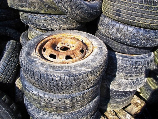 CPCB orders shutdown of 270 tyre pyrolysis units in 19 states for causing pollution