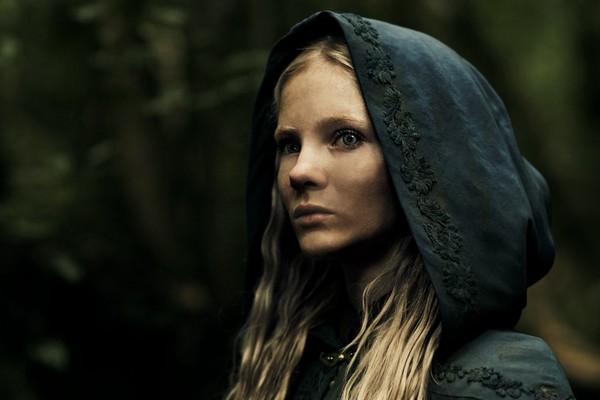 Por qué 'The Witcher' es más que otra 'Juego de Tronos', según Freya Allan