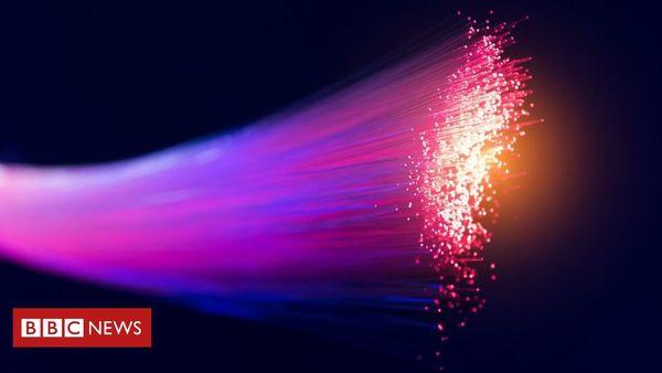 Google goes offline after fibre cables cut